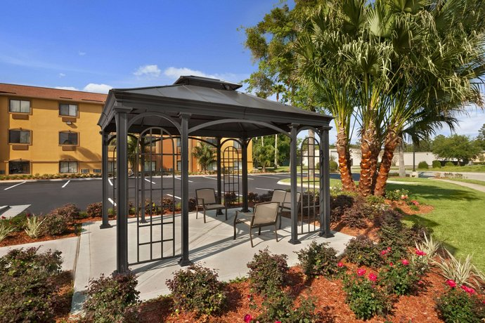 Days Inn by Wyndham Orange Park Jacksonville