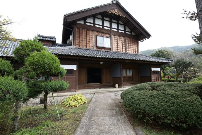 Accommodation at 110 years old old private house Ryotani Asakura ruins on foot 10 minutes on foot