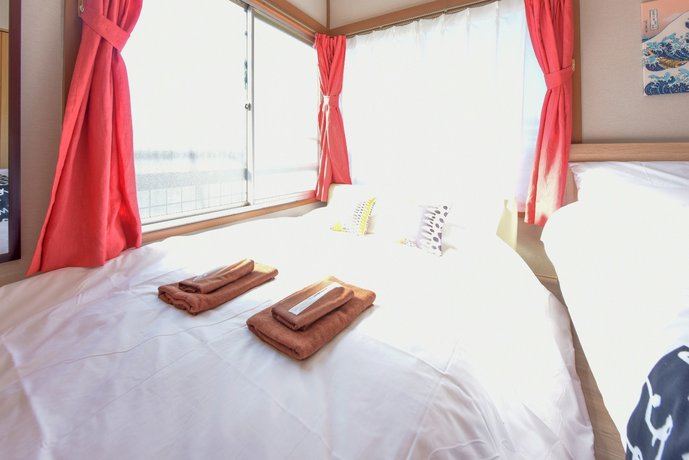 The Room Tokumaru