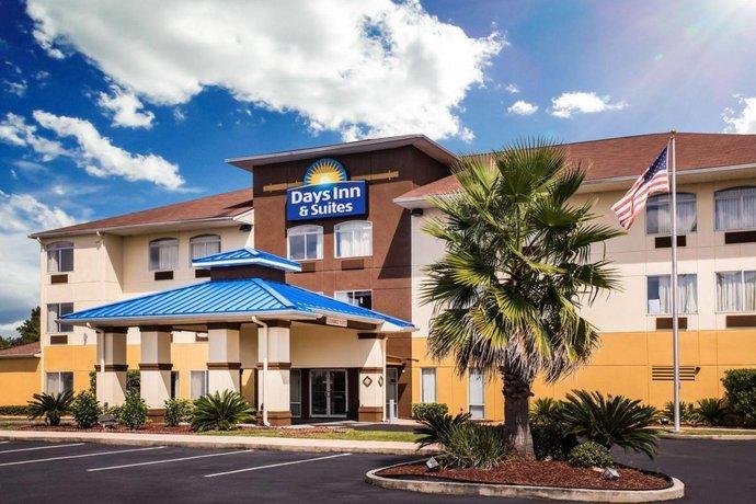 Bay Inn & Suites Foley