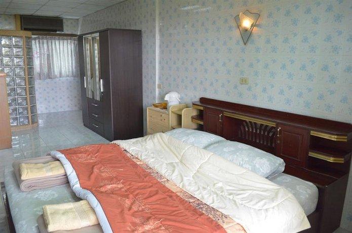 Charan 41 Hostel