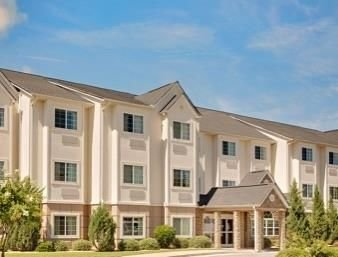 Microtel Inn & Suites by Wyndham Perry Perry