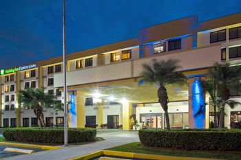 Holiday Inn Miami Hialeah F