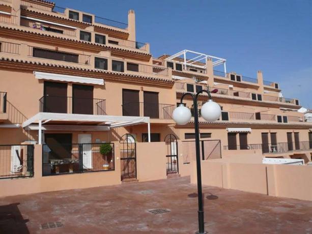 Apartamentos las salinas torremolinos comparar ofertas - Apartamentos baratos torremolinos ...