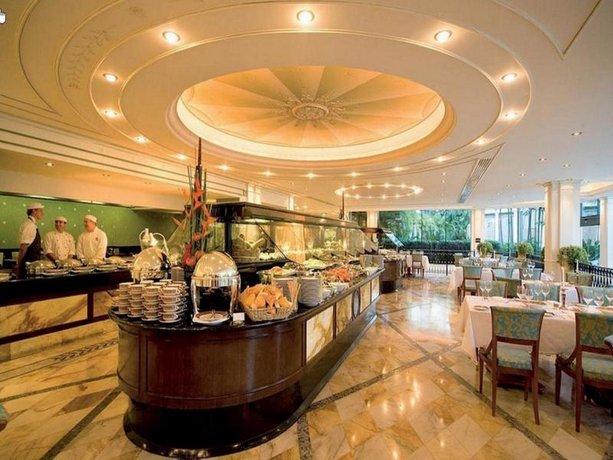 palazzo versace hotel gold coast guldkusten j mf r erbjudanden. Black Bedroom Furniture Sets. Home Design Ideas
