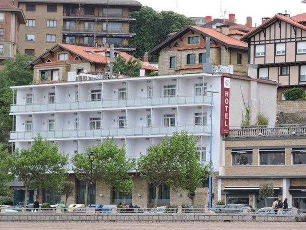 Petit Palace Tamarises