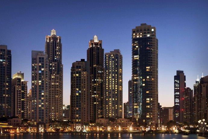 je v Dubaji povoleno asijské seznamovací fórum
