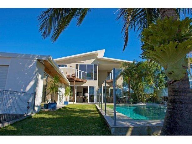 Adelong 11 Beach House