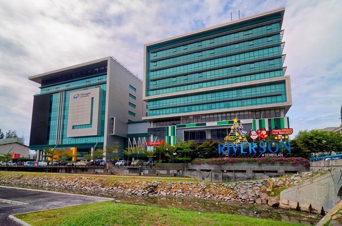 The Klagan Riverson Hotel & Residence