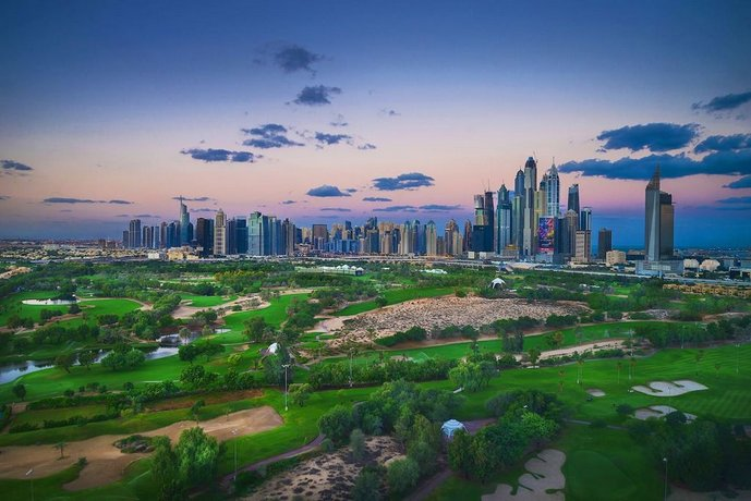 One Perfect Stay - Fairways East Tower