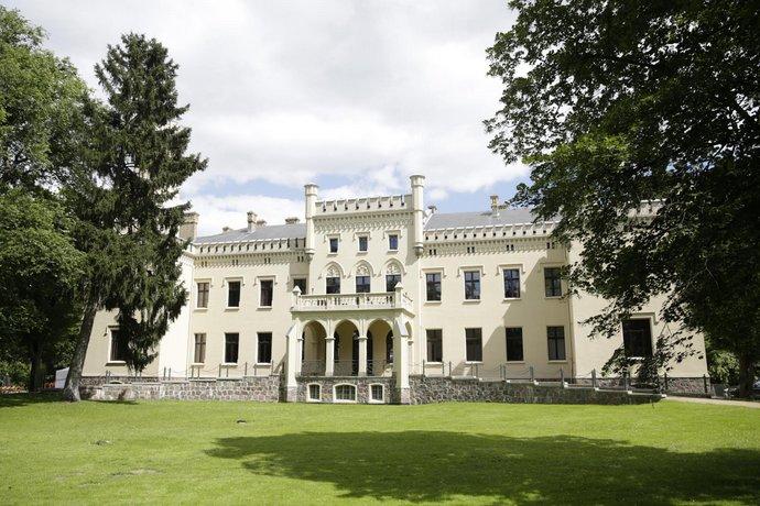 Hotel Schloss Reichenow