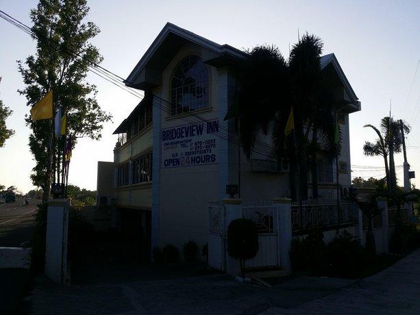 Bridgeview Hotel