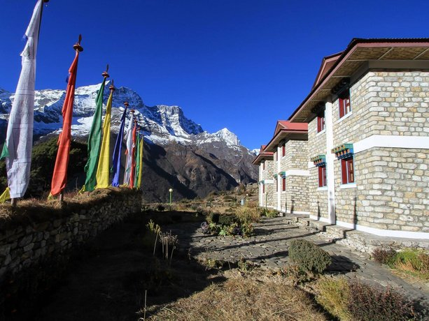 Everest Summit Lodge - Mende