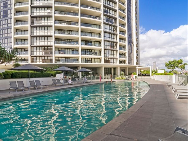 Sierra Grand Broadbeach - GCLR