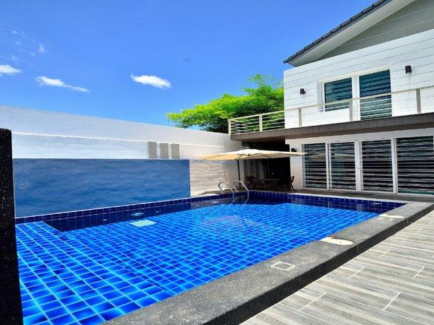 Violet Luxury Service Villa