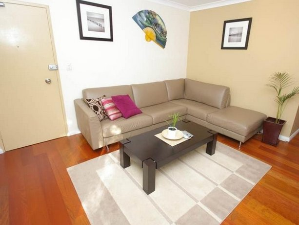 Parramatta Self-Contained Two-Bedroom Apartment 4LEN