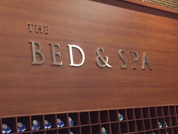 The Bed and Spa male only