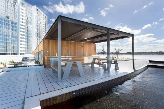 Chic Designer Apartment in Olympic Park + Parking