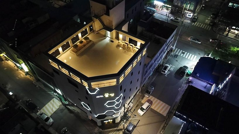 Hotel Ggulzam