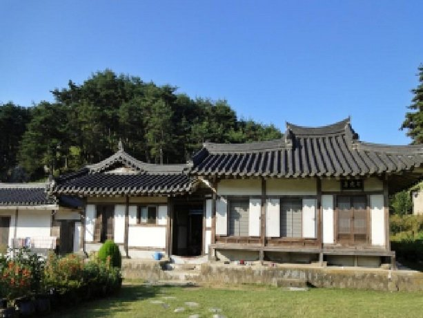Chilgyejae Hanok Guesthouse