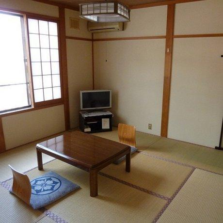 Kimuraya Ryokan Okura