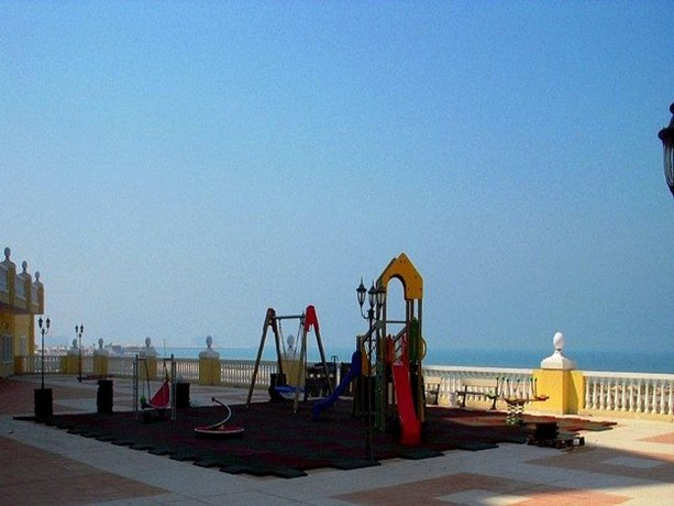 1 Bedroom Apartment Sea View - Al Hamra Village