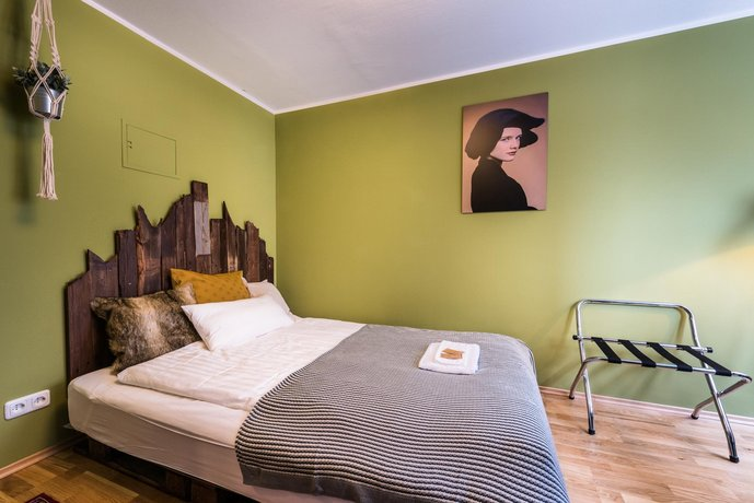 Stay in Style City Center deluxe flat