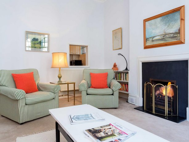 Veeve - Apartment Cheyne Row Chelsea