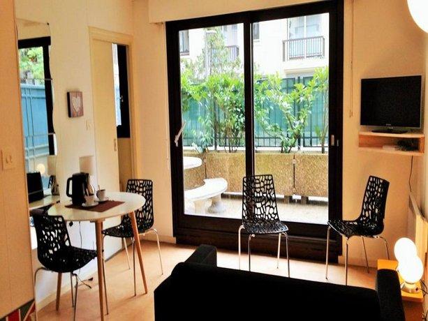 clermont sejour clermont ferrand comparez les offres. Black Bedroom Furniture Sets. Home Design Ideas