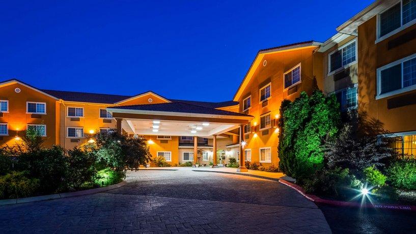 BEST WESTERN Plus Caldwell Inn and Suites