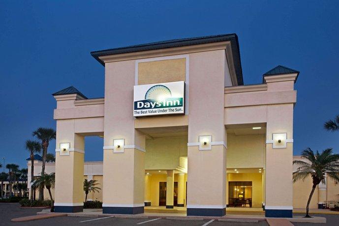 days inn orlando airport florida mall compare deals. Black Bedroom Furniture Sets. Home Design Ideas
