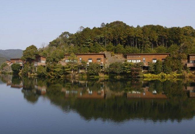 Isanoura Cottage