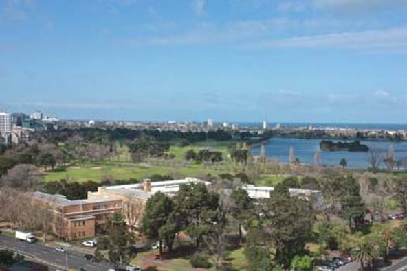 Apartments Melbourne Domain - St Kilda Road