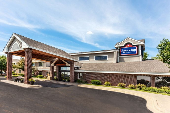 AmericInn by Wyndham Stillwater