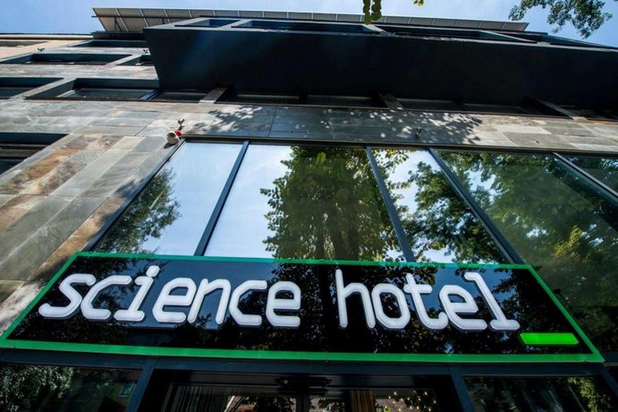 Science Hotel
