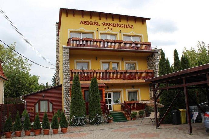 Teen girls in Miskolc