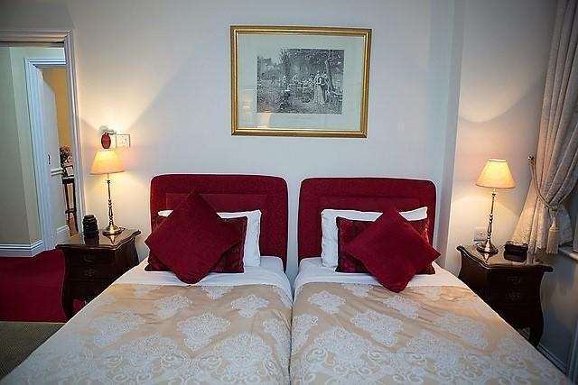 Ditton Lodge Hotel London