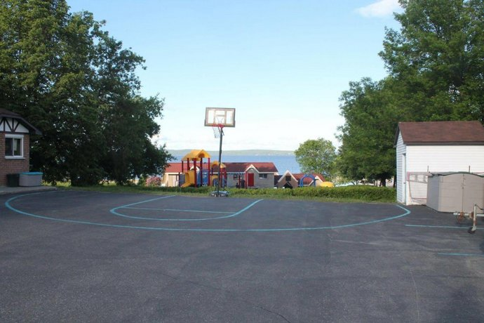Leisure Inn Temiskaming Shores