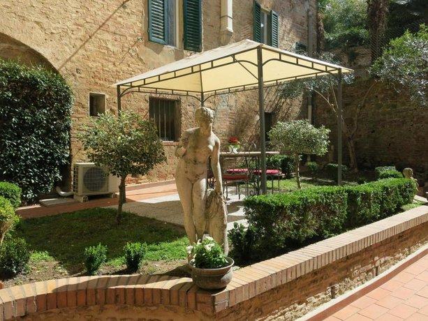 Piazza Paradiso Accommodation