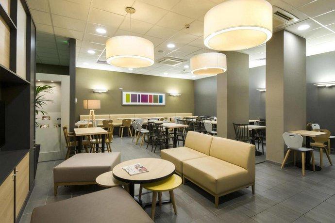 b b hotel lyon ouest tassin tassin la demi lune compare deals. Black Bedroom Furniture Sets. Home Design Ideas