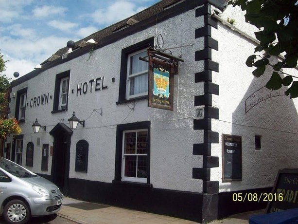 Crown Hotel Royal Wootton Bassett