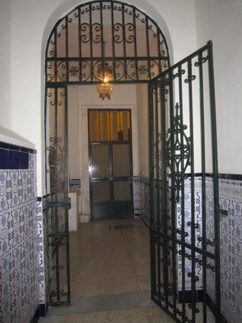 Bromham Apartment