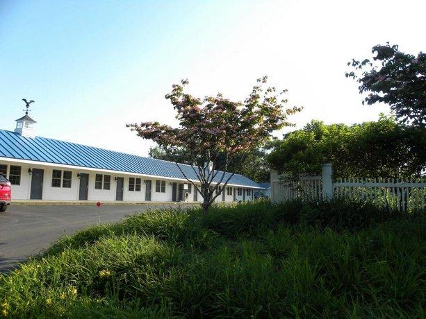 Colonial Gables Oceanfront Village