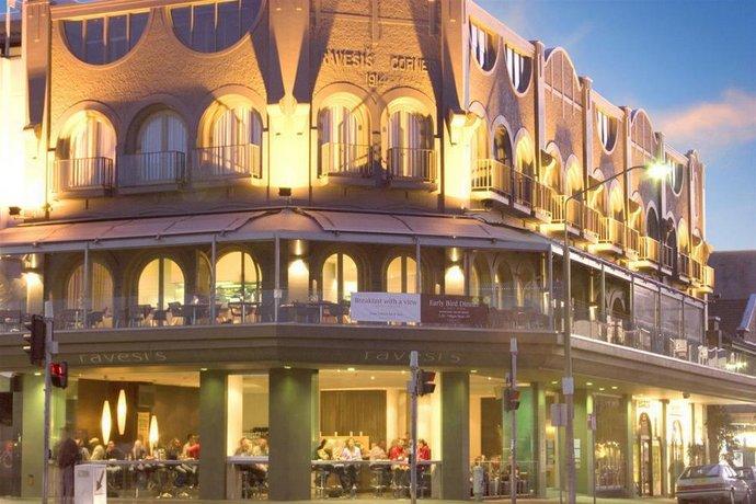 Ravesi's Hotel Bondi Beach Sydney