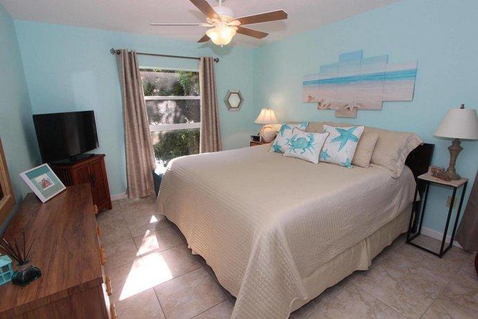 About Beach Castle Resort Longboat Key