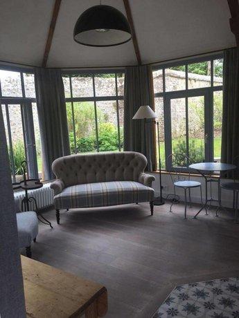 Chambres D Hotes Le Clos De Grace Equemauville Comparez Les Offres