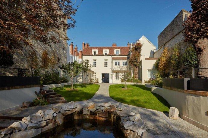 Hôtel La Demeure du Parc Fontainebleau