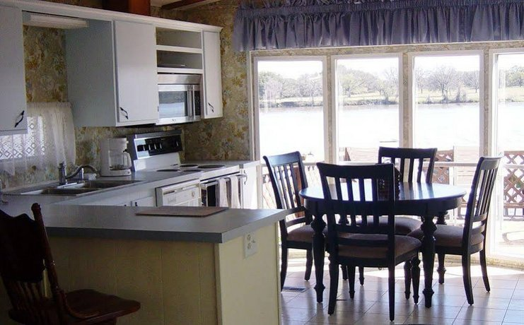 Rio Vista Resort Kingsland Compare Deals