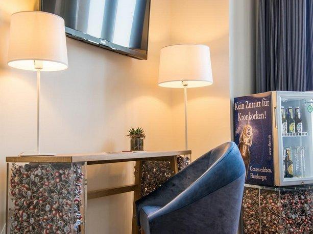hotel alte post flensburg die g nstigsten angebote. Black Bedroom Furniture Sets. Home Design Ideas
