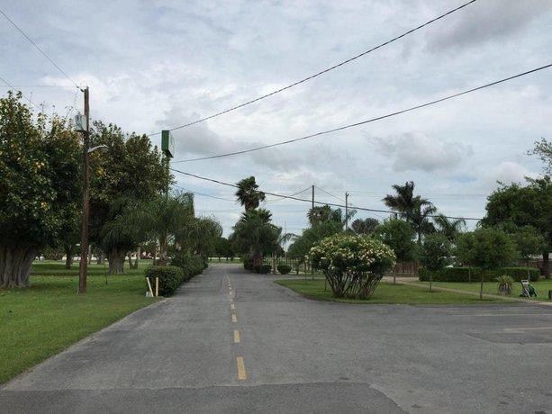 The Pecan Tree Motel
